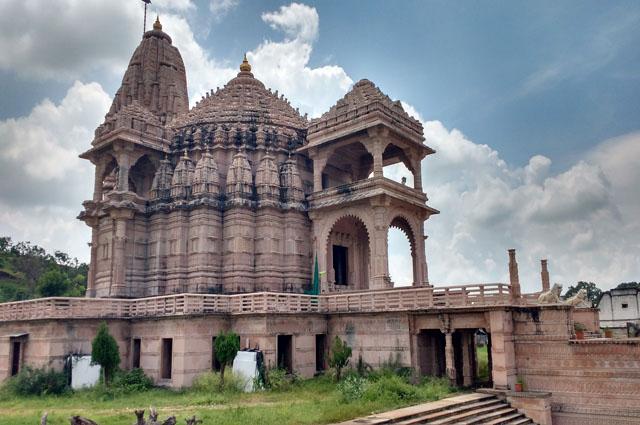 Image result for jain temple maharashtra